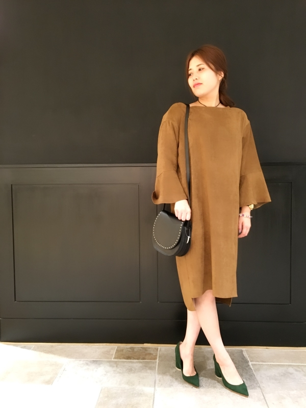 ☆fake suede bellsleeve dress☆