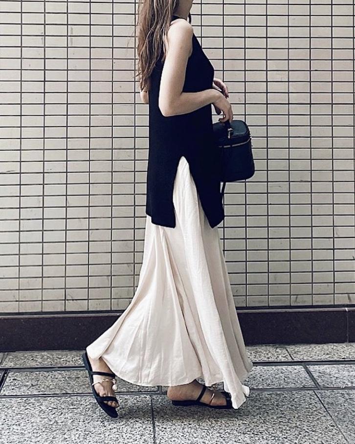 The latest skirt [Tomoka]